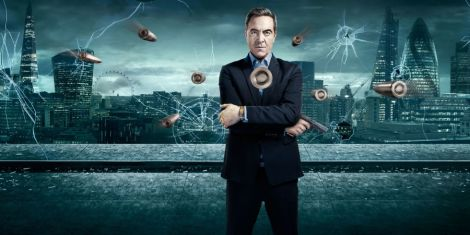 landscape-1453469079-tv-lucky-man-james-nesbitt-04